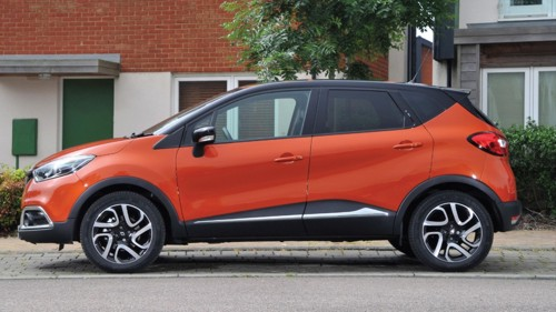 Renault Captur side orange road test